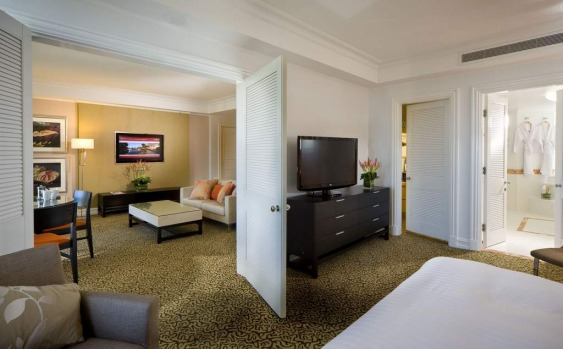 The Surfers Paradise Marriott Resort and Spa executive suite.