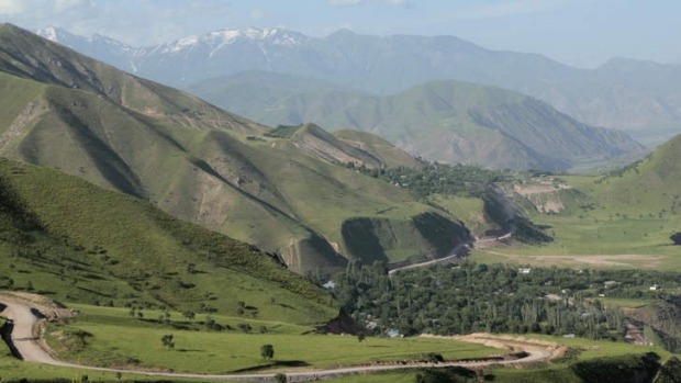 Tajikistan's spectacular mountains start here.