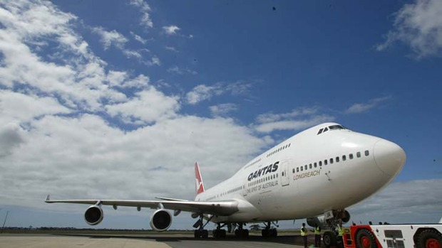 Qantas will retire some of its ageing 747 jumbo jets.