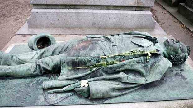 Cimetiere Du Pere Lachaise, Paris: don't miss the utterly macabre yet groin-groped effigy of Victor Noir, much visited ...