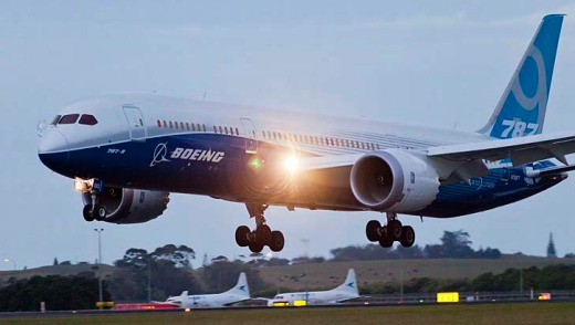 The stretch Boeing 787-9 Dreamliner makes its international debut in New Zealand.