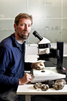 Dr Scott Bryan, of the Queensland University of Technology, says the pumice stones found at Broulee Beach were the ...