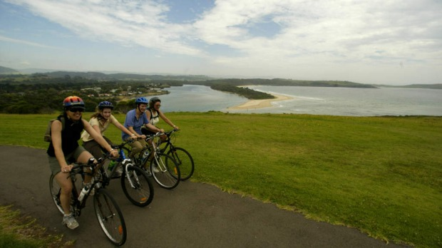 10. CYCLE THE NSW SOUTH COAST.
