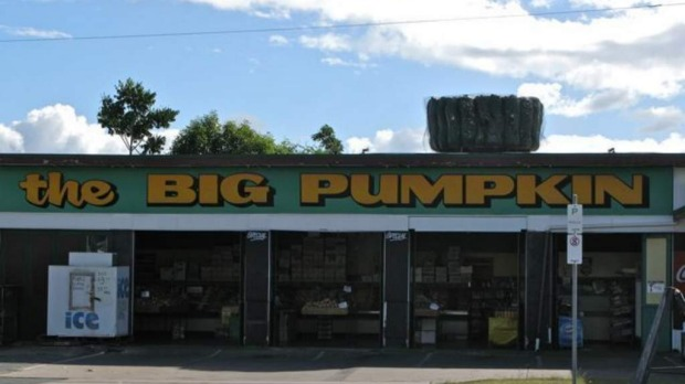The Big Pumpkin at Beaudesert: Wikipedia.