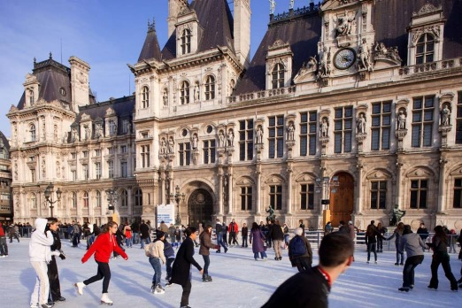 Paris Hotel de Ville (City Hall) in winter