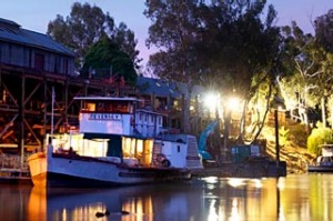 The Paddle Steamer the Pevensey docked at Echuca Wharfe.