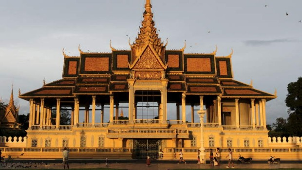 Immersion: Teachers can experience culture such as  the Royal Palace at Phnom Penh..