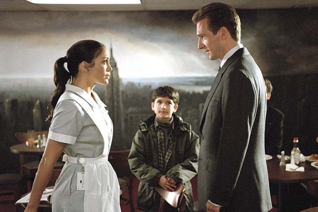 Like the story of Cinderella, Maid in Manhattan is a fairytale come true for one New York hotel maid who meets and falls ...