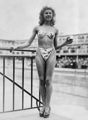 The bikini makes its debut at the Molitor in 1946.