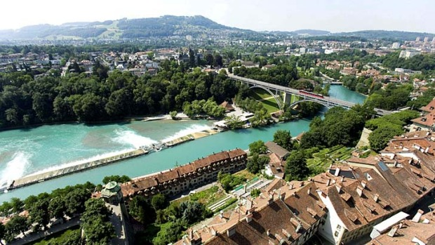 Pretty as a picture: The river Aare and the Gurten hill in the Matten district in Bern, Switzerland.