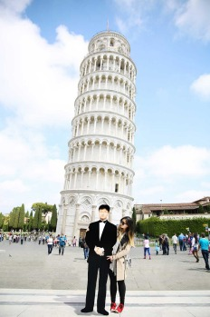 Leaning Tower of Pisa, Italy.