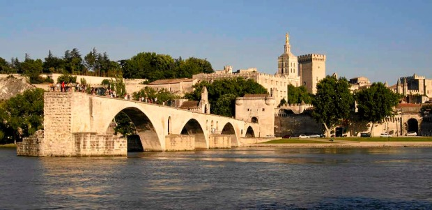 Pont Saint-Benezet at Avignon, Provence, France.