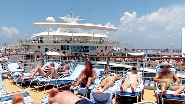 On the Sun Deck ... Google Street View now lets you tour the world's biggest cruise ship, Allure of the Seas.
