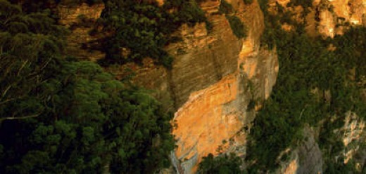 Crowd-pleasers: the Blue Mountains and the Three Sisters.