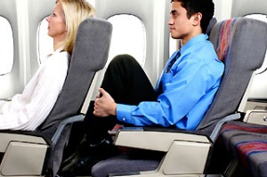 Is it OK to recline your seat on a plane? Yes, but follow the rules to show good manners.