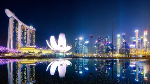 Asian style: Singapore at night.
