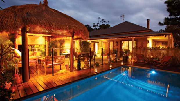 Tastes of Bali ... poolside is the place to be.