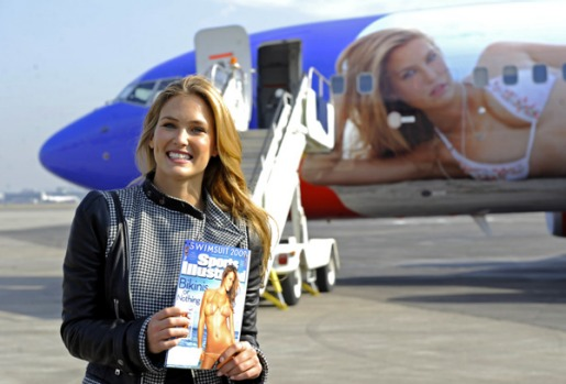 America's Southwest Airlines, who banned a passenger from flying in 2007 because her outfit was too skimpy, has now ...