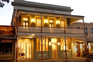 The Empyre ... richly decorated suites and a restaurant with Castlemaine's finest food.