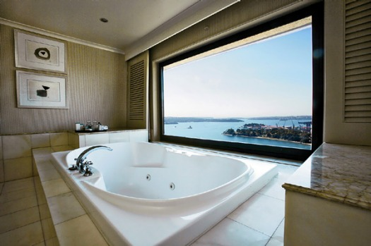Hotel penthouses the best rooms in town for Best bathrooms in australia
