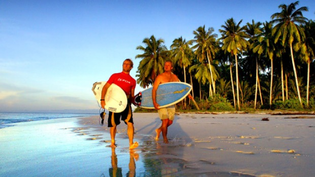 A drone surf video about the Mentawai Islands