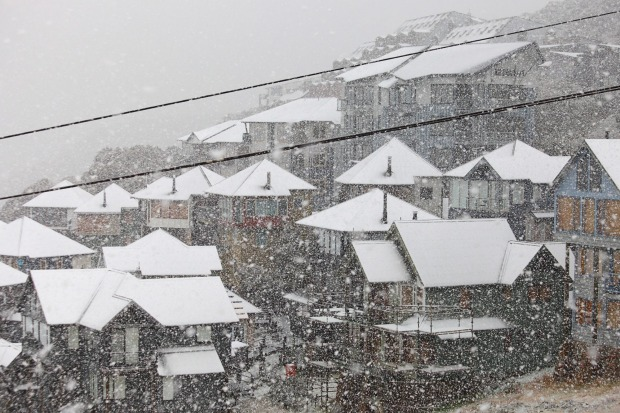 Snowfall over Mt Hotham. A further 3cm is expected to fall this weekend.