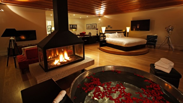 Top Of The Worlds Best Hotel Bathrooms - 10 star hotel rooms