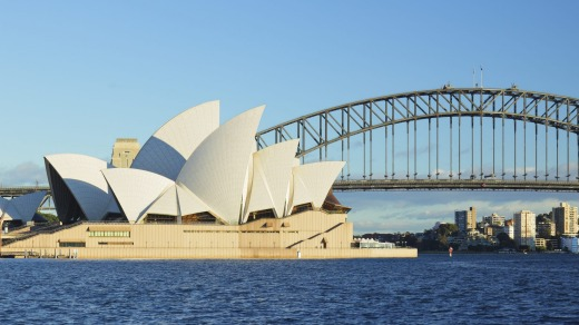 Two of Sydney's icons.