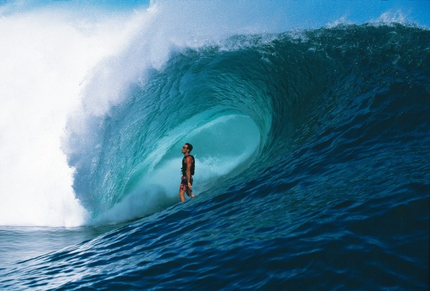 Surfers flock to Tahiti Iti (little Tahiti) to try their luck on the notoriously dangerous 'heavy wave' called Teahupoo. ...