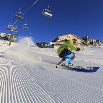 Pro shot: Drew on the fresh at Hotham #misssnowitall #skimaxholidays #pro