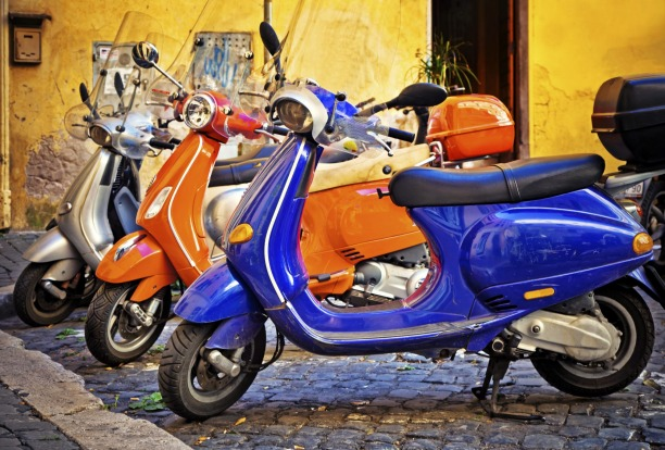 BUZZING ROME. For a turbo-charged cocktail of thrills, throwing your leg over a 125cc Vespa and mixing it with the Roman ...