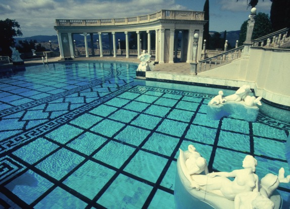 HEARST CASTLE, SAN SIMEON, CALIFORNIA: What happens when a press baron wants the Round Table and Notre Dame in his ...