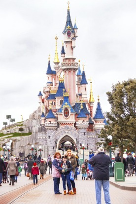 19. DO DAY TRIPS. Disneyland Paris, Europe's most popular theme park, is a great escape for families.