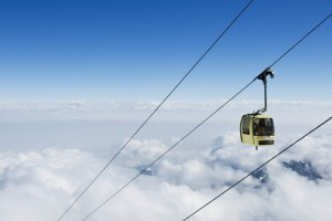 The world's highest skiing gondola, 4150 metres above sea level, can be found in Gulmarg, Kashmir.