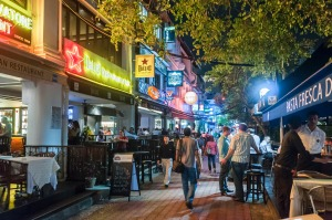Your favourite Singapore bar by night could also be your favourite cafe by day.