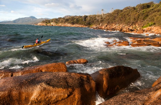 Freycinet Peninsula, Tasmania: Kayaking along the shores of Schouten Island.