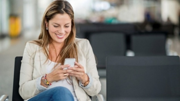 New app Lounger lets you 'meet and mingle' with other lonely passengers while transiting.