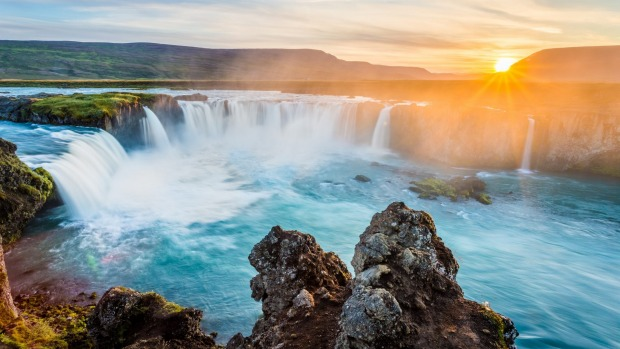 Iceland, Outback, South America: great deals