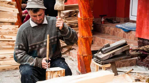 """Woodcarving in """"The Land of Wood""""."""