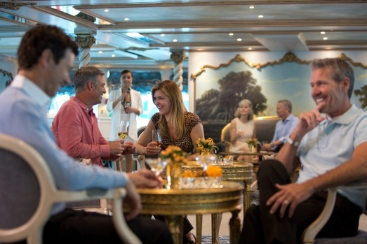 Cocktail lounge on Uniworld's SS Maria Theresa.