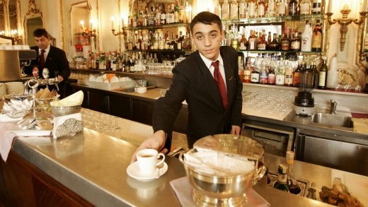 Many US hospitality workers rely on tips for a fair wage, a situation some fear could be replicated in Australia if ...