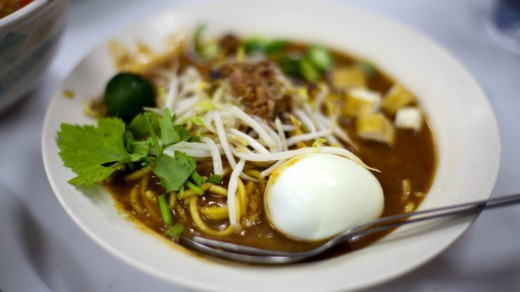 Mee Rebus: Typical Asian street fare.