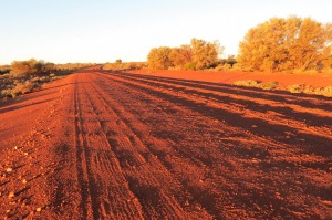 Not Canberra Avenue: hundreds of Canberra public servants should be on the road to Alice Springs, says Regional ...