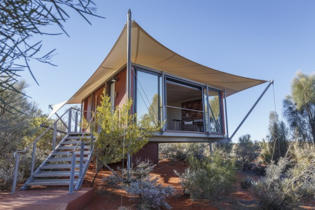 Luxury tent at Longitude 131, Uluru.