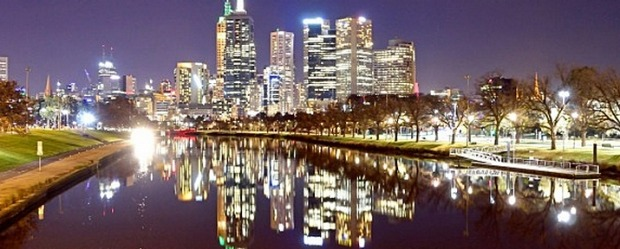 Picture Leigh Henningham age news. Melbourne city skyline 2015. #skyline #melbourne #night #yarra