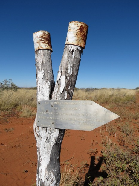 Australia S Strangest Road Signs 16 Road Signs You Ll