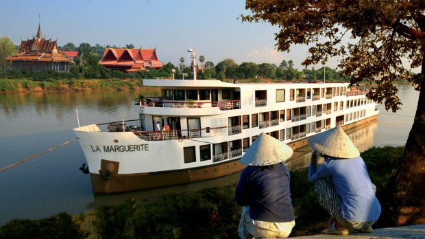 Free return flights with Vietnam, Cambodia cruise holidays