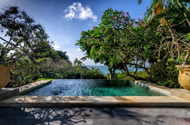 Plunge pool in a one bedroom villa.
