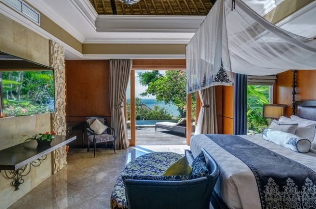 The bed inside the one bedroom villa.