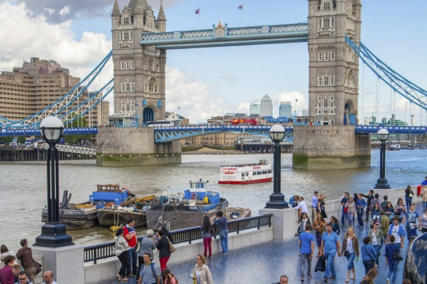 Southbank, London, UK: Writers such as Dickens and Wordsworth and artists such as Turner have all been captivated by the ...